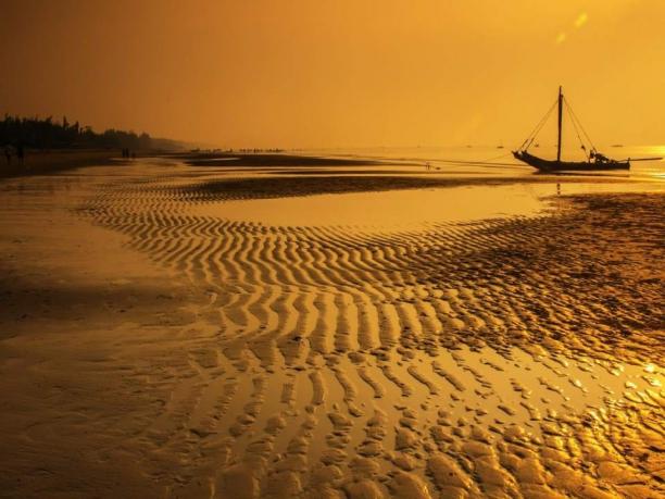 le-spiagge-delloman-sabbia-dorata-e-mare-tranquillo-baie-e-calette-da-scoprire-in-barca-o-luoghi-per-ammirare-la-fauna_187067_big